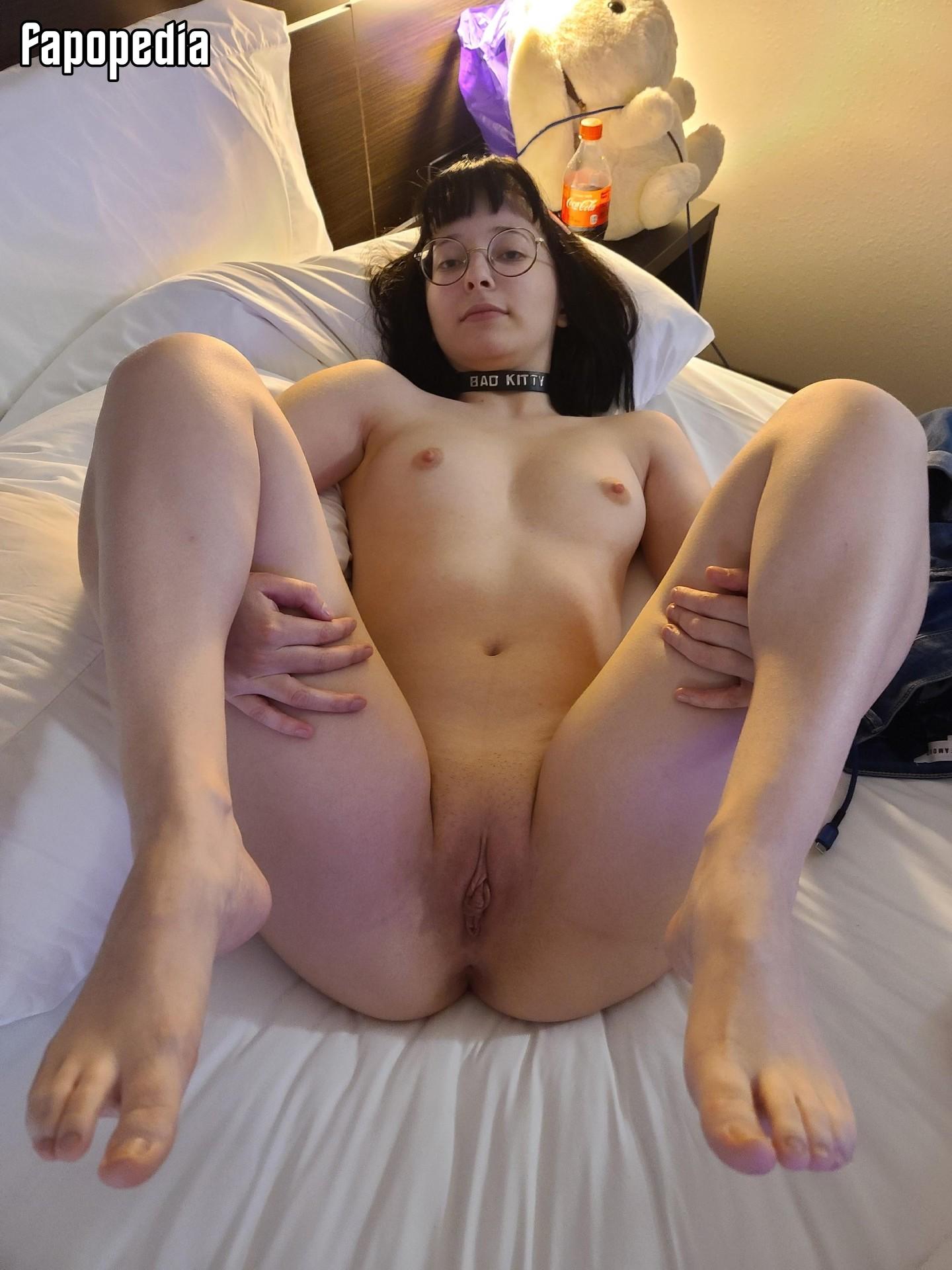 Nackt Franziska von Tschurtschenthaler  Aktuelle Traueranzeigen