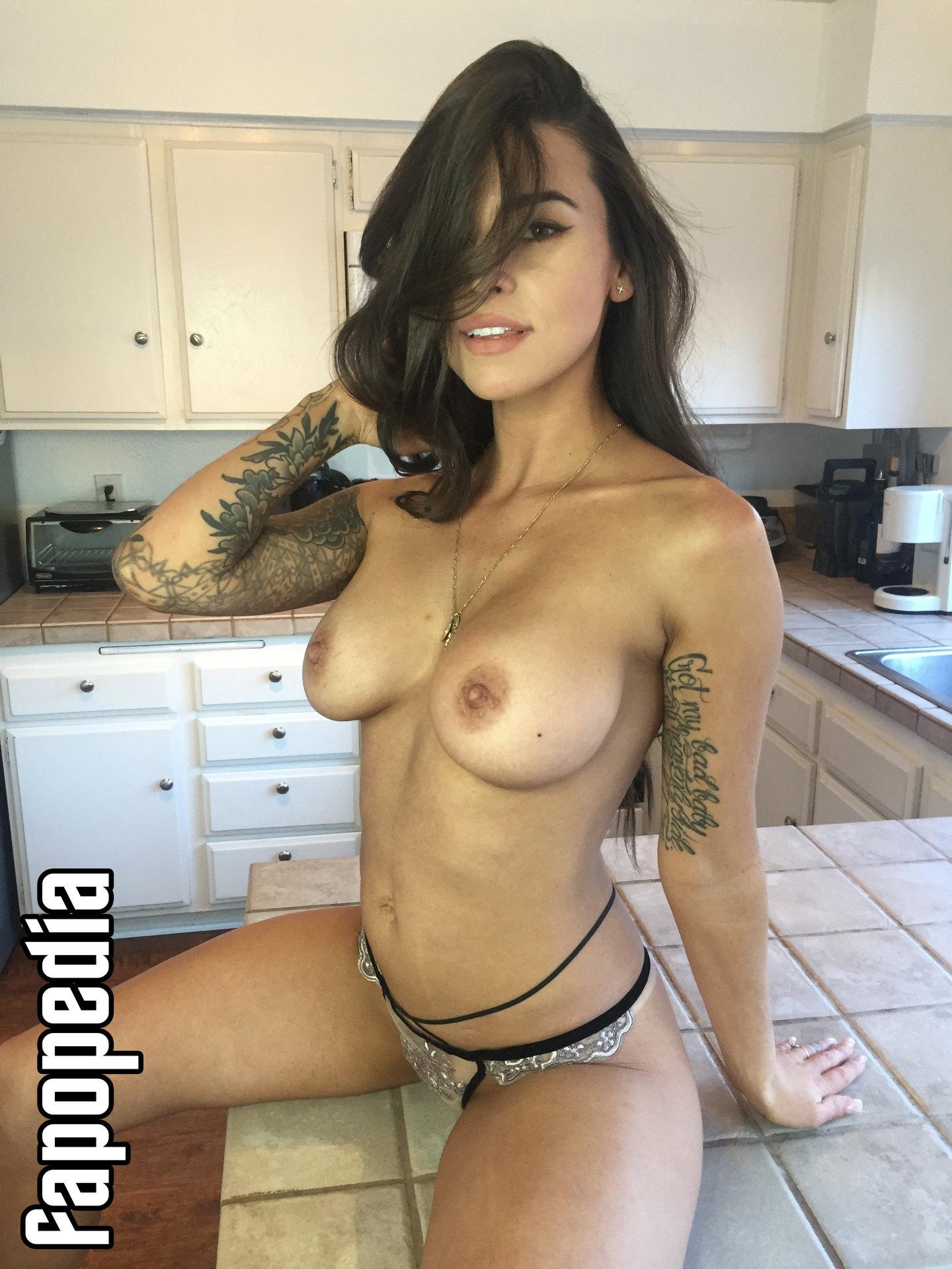 AdamsAperture Nude OnlyFans Leaks Patreon Leaks