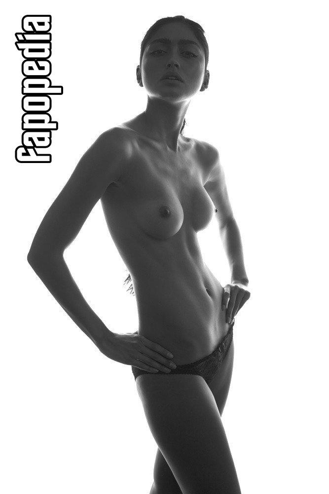 Ambra Battilana Gutierrez Nude