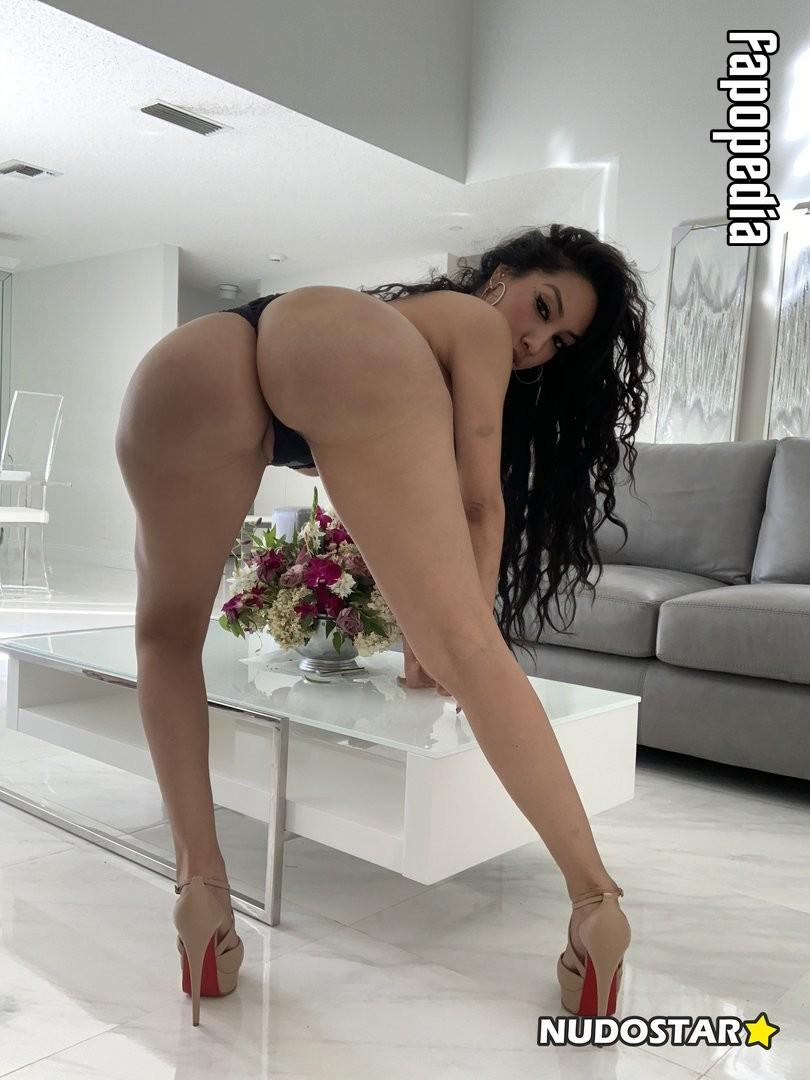 Anakaliyah Nude OnlyFans Leaks