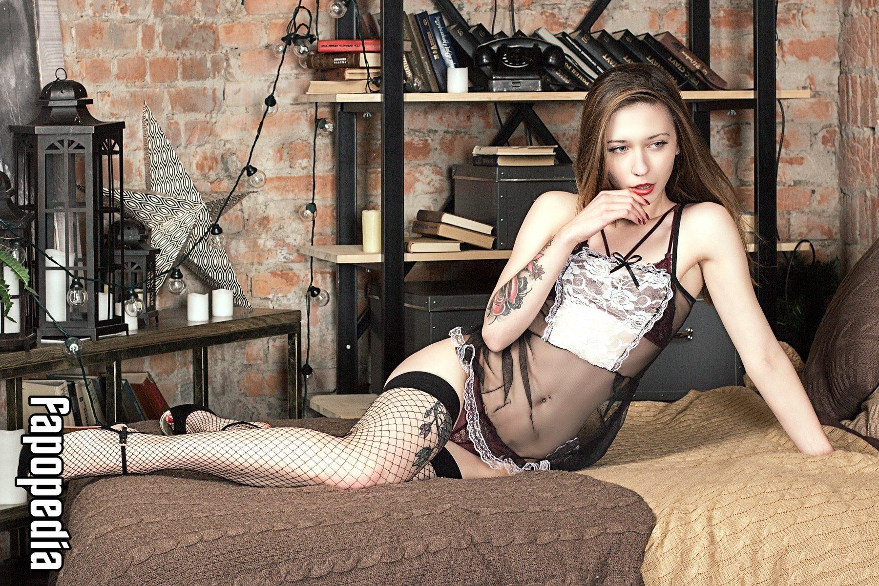 Lynn nackt  Tara Ventura Tara Lynn