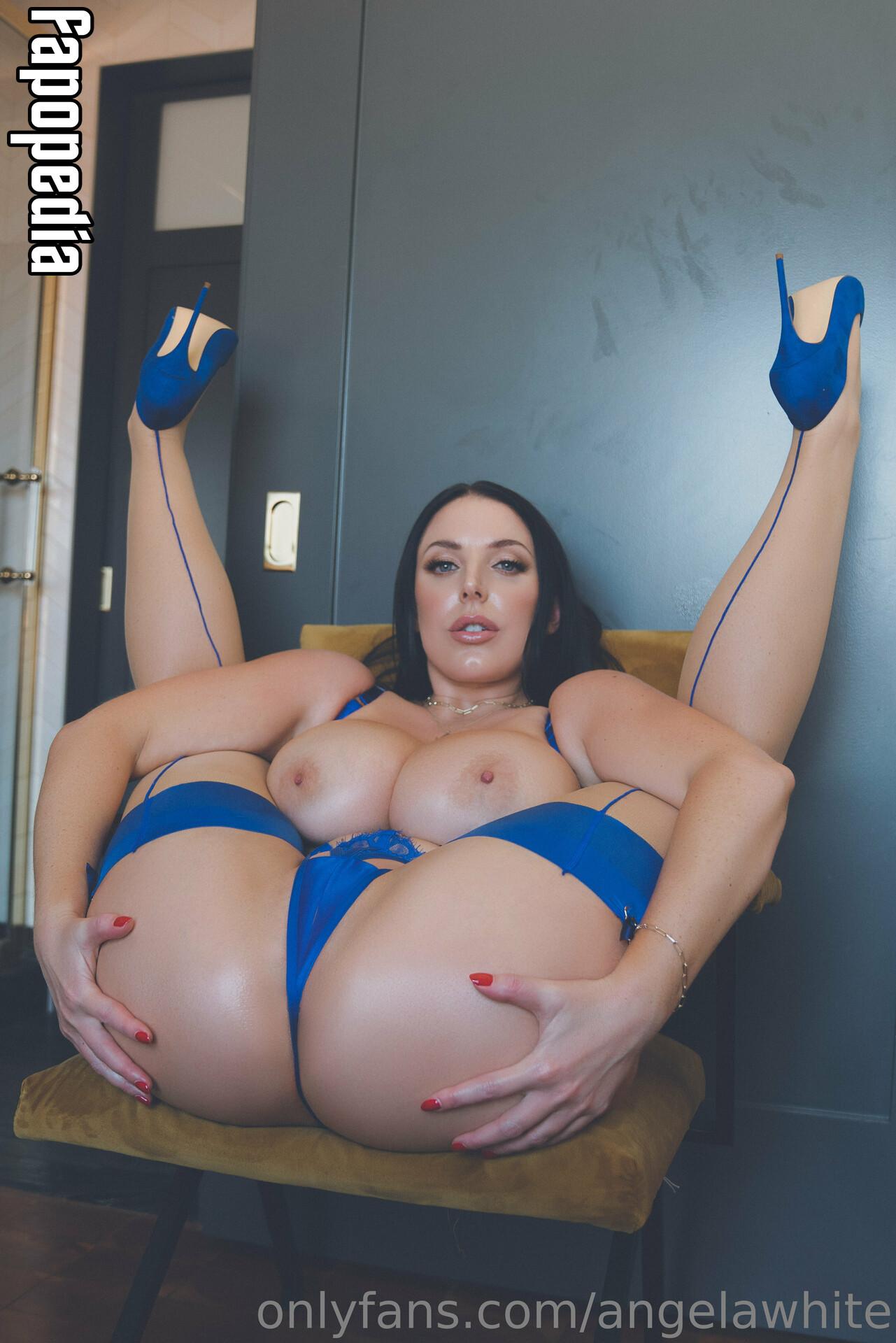 Angela White Nude OnlyFans Leaks
