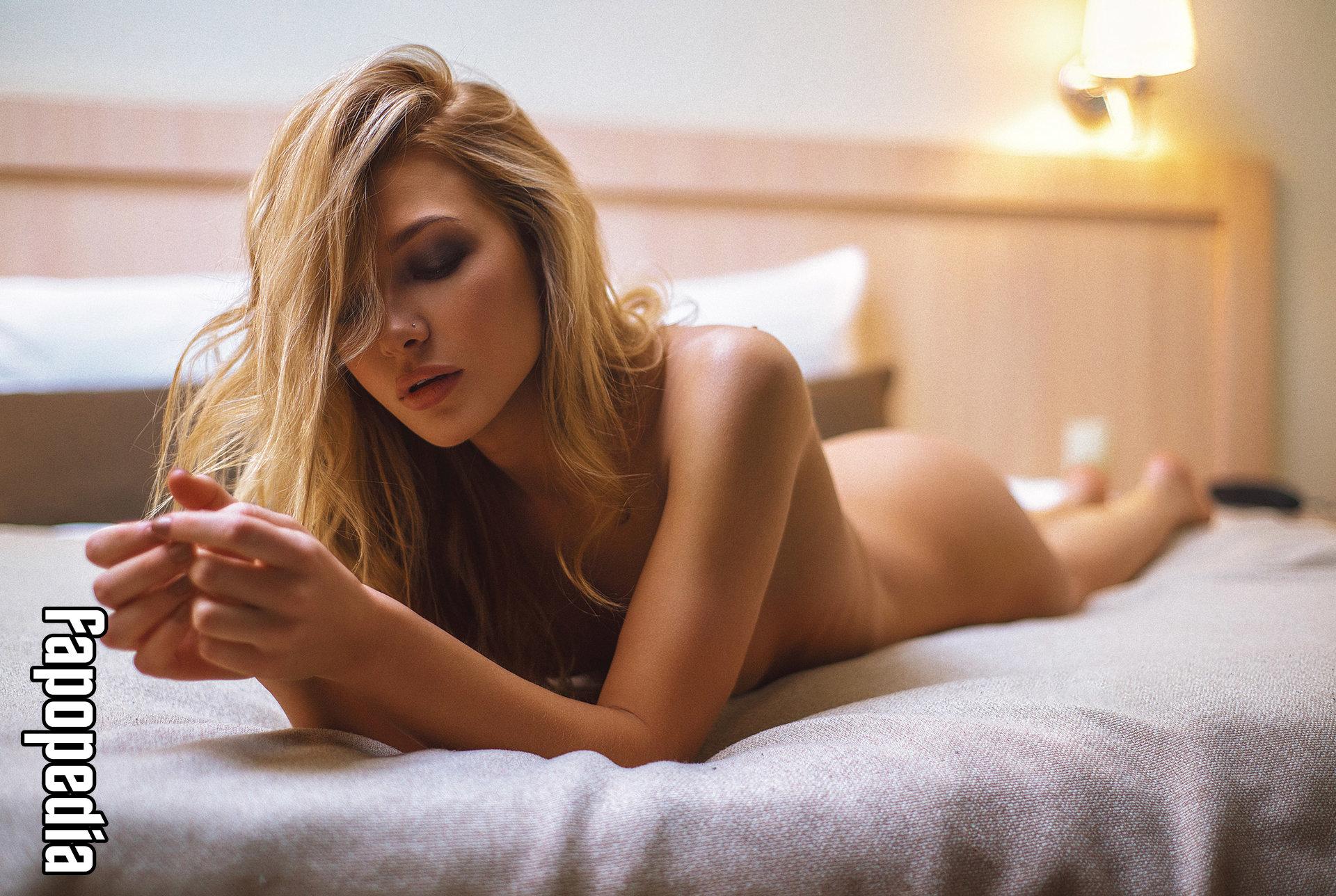 Angelika Lesik Nude Leaks