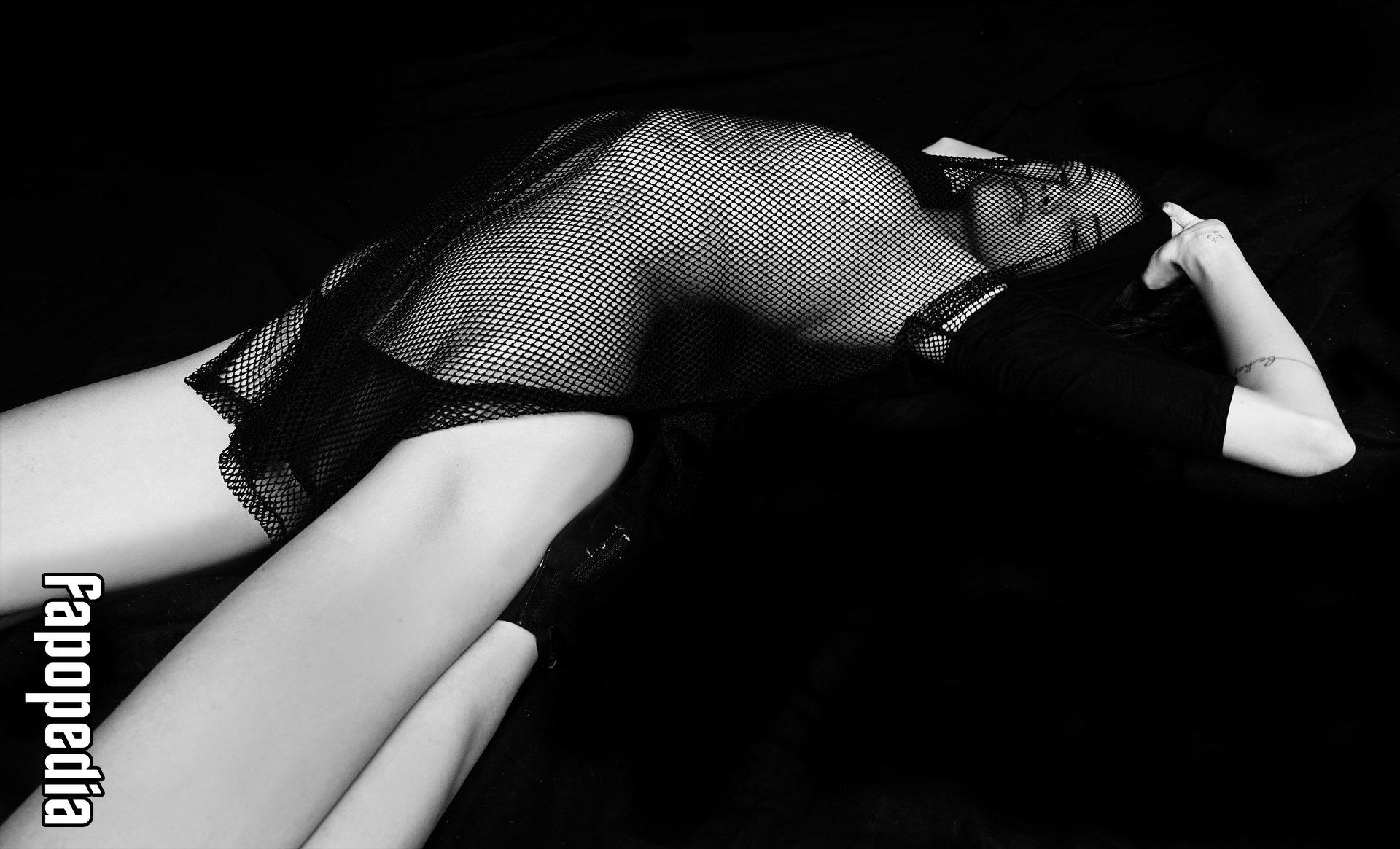 Anja Leuenberger Nude Leaks