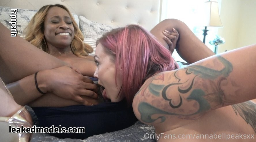 Anna Bell Peaks Nude OnlyFans Leaks