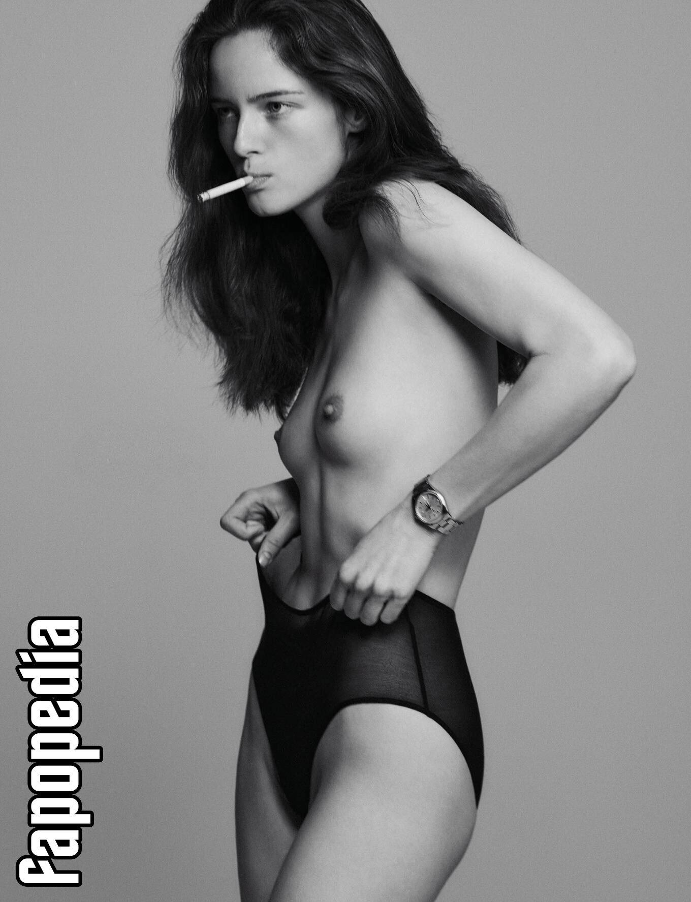 Anna De Rijk Nude Leaks
