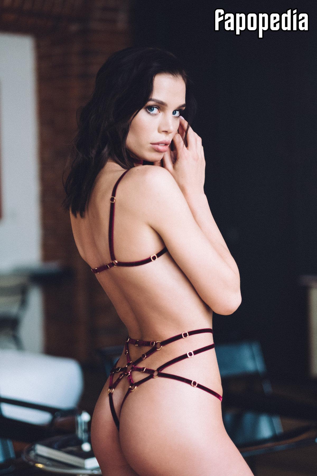 Anna Gadenova Nude Leaks