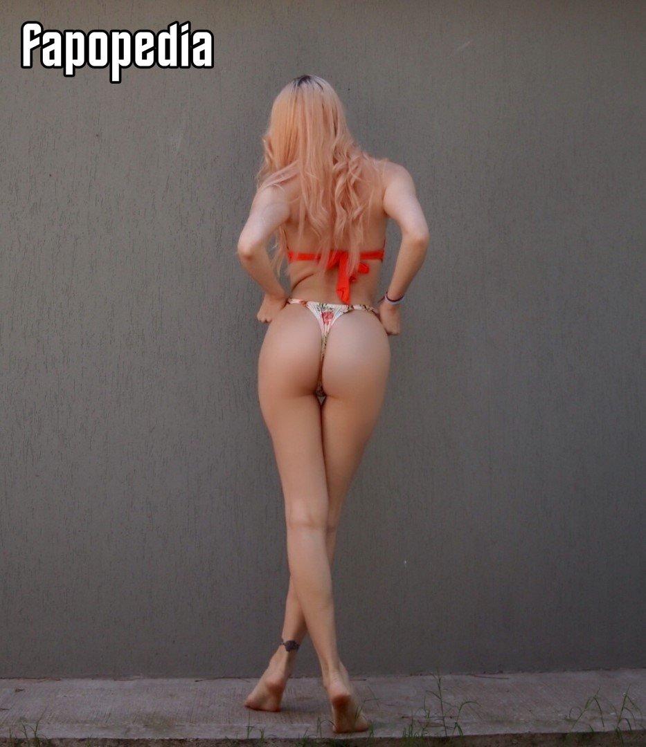 Babyromsie Nude Leaks