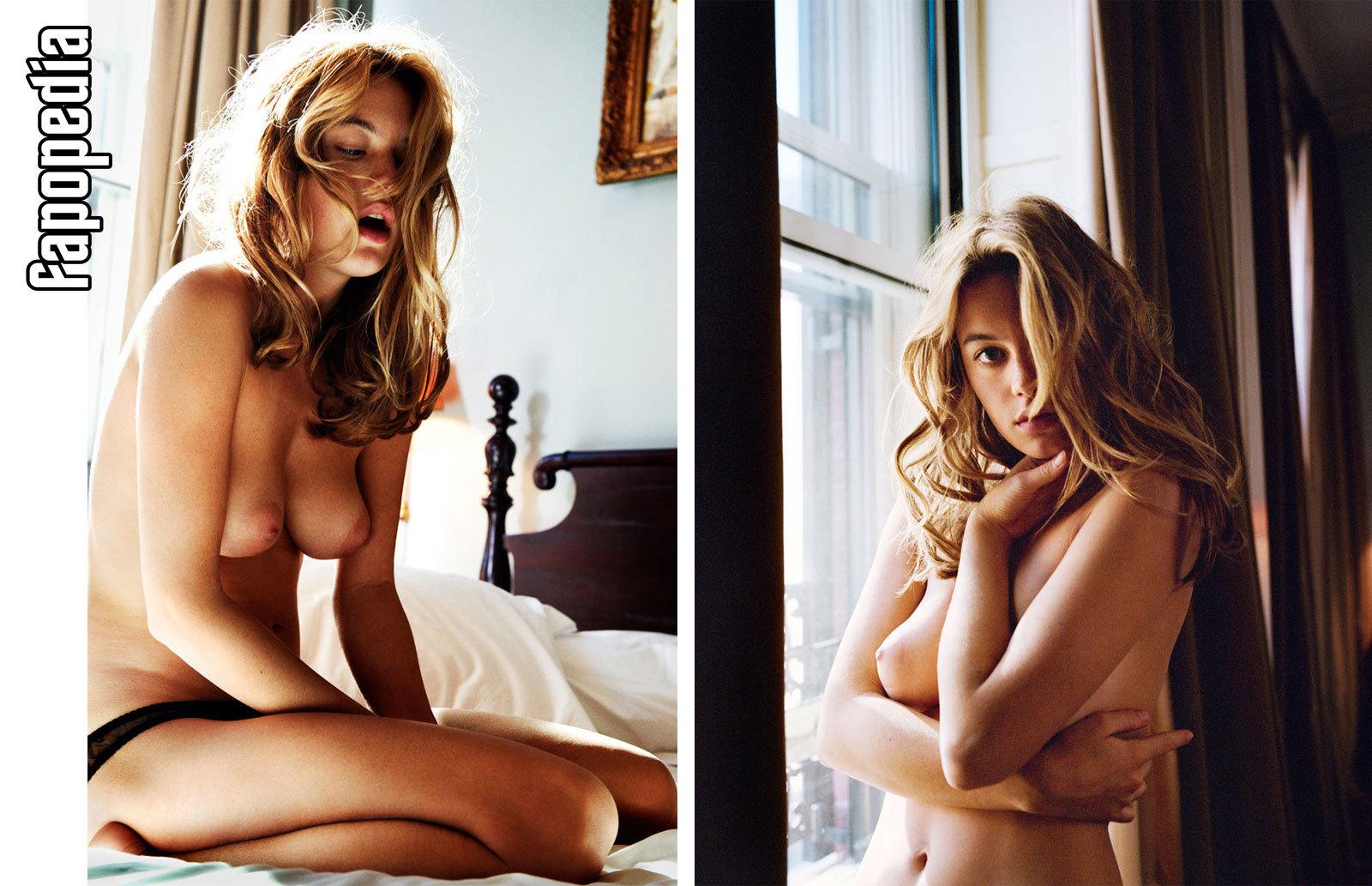 Yasmine Vox Nude Pics, Page