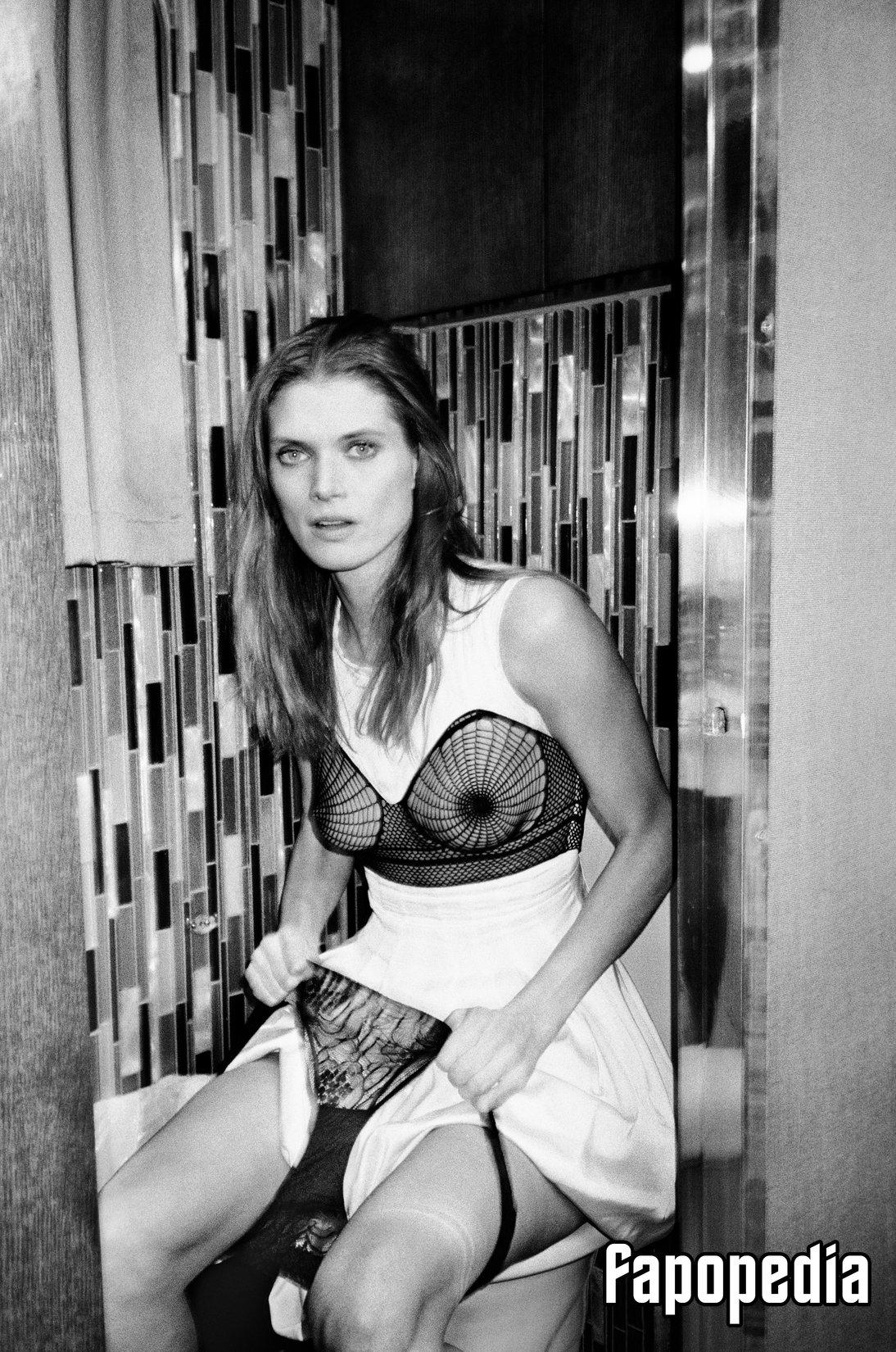 Carolyn Murphy Nude Leaks