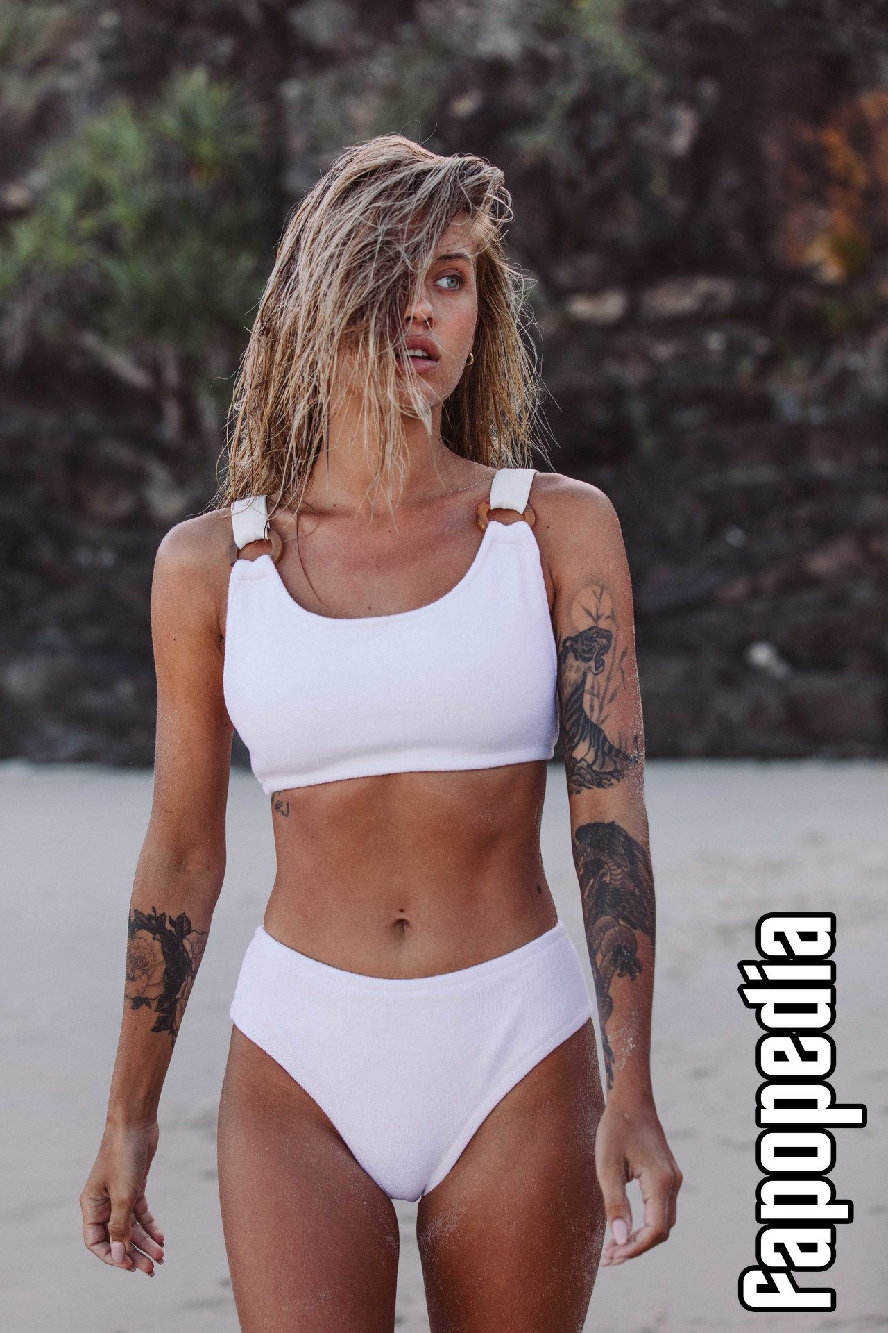 Cathlin Ulrichsen Nude Leaks