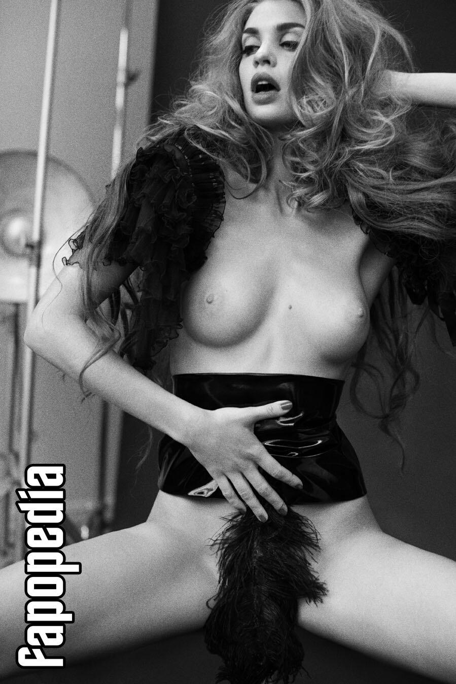 Catrin Claeson Nude Leaks