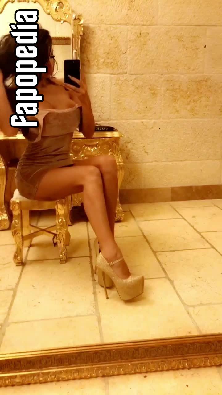 Chloe Khan Nude OnlyFans Leaks