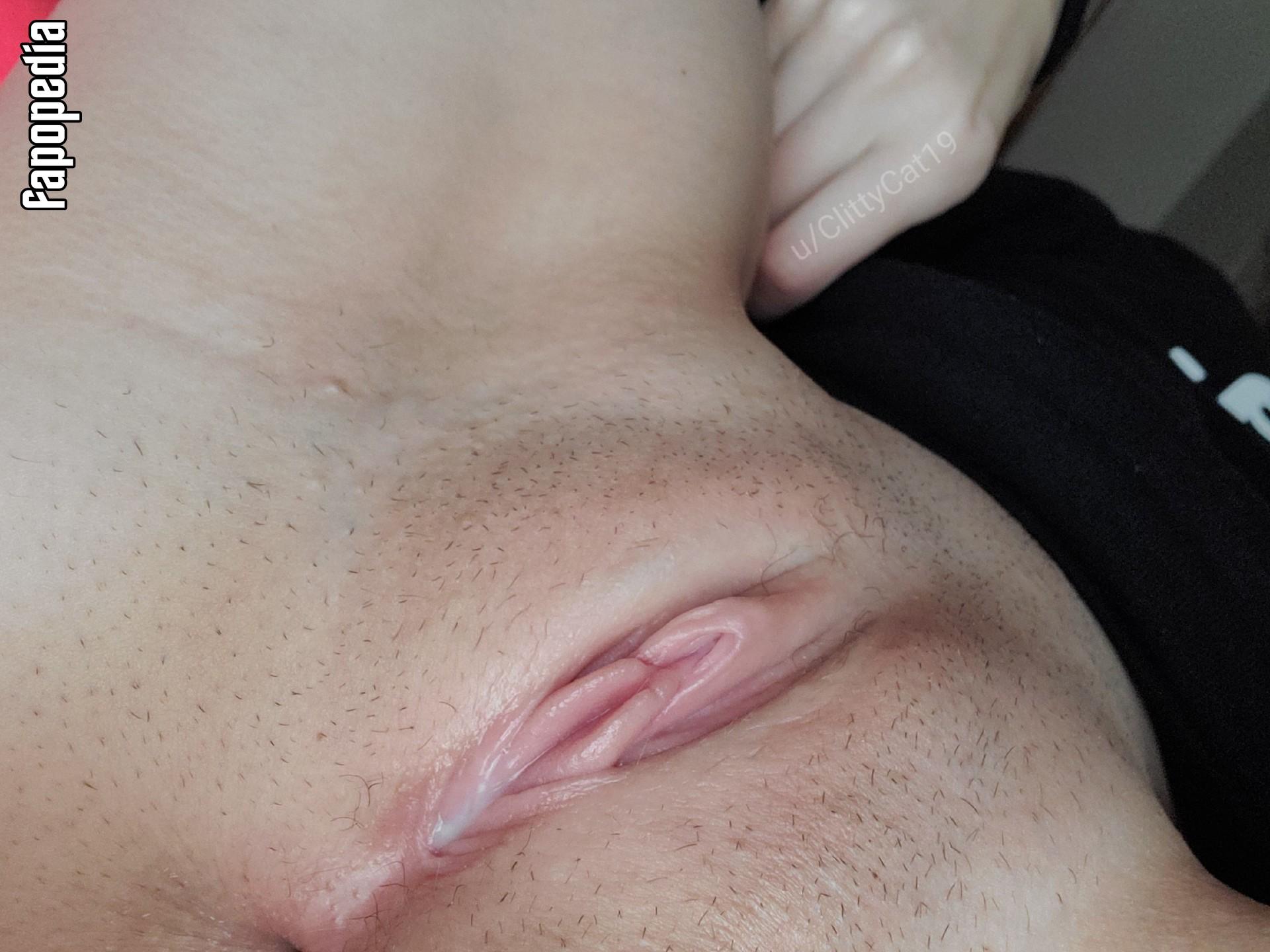 ClittyCat19 Nude Leaks