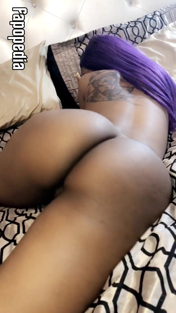 Diamond Jones Nude OnlyFans Leaks
