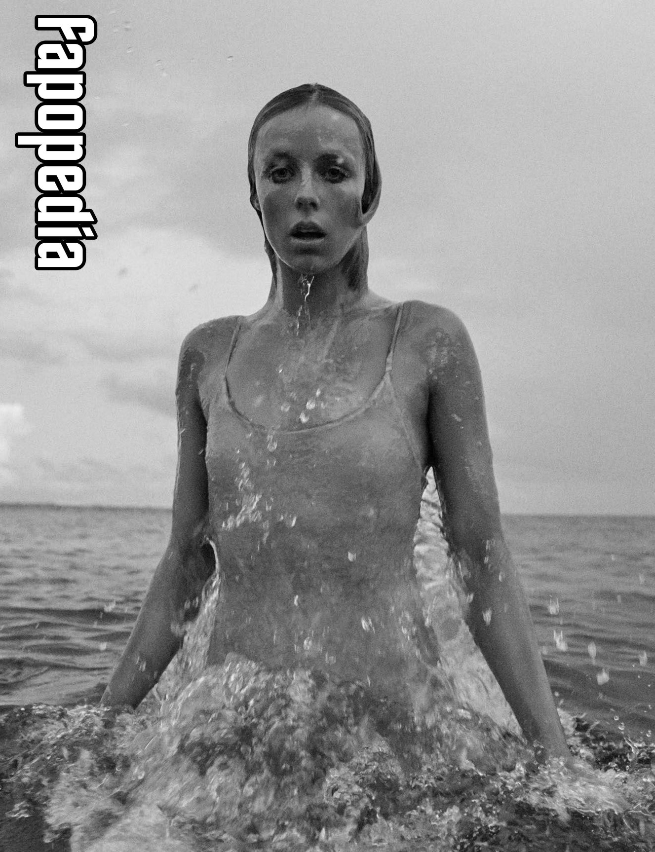 Edie Campbell Nude Leaks