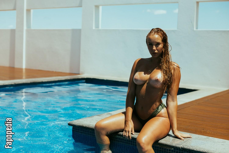 Edyn Mackney Nude