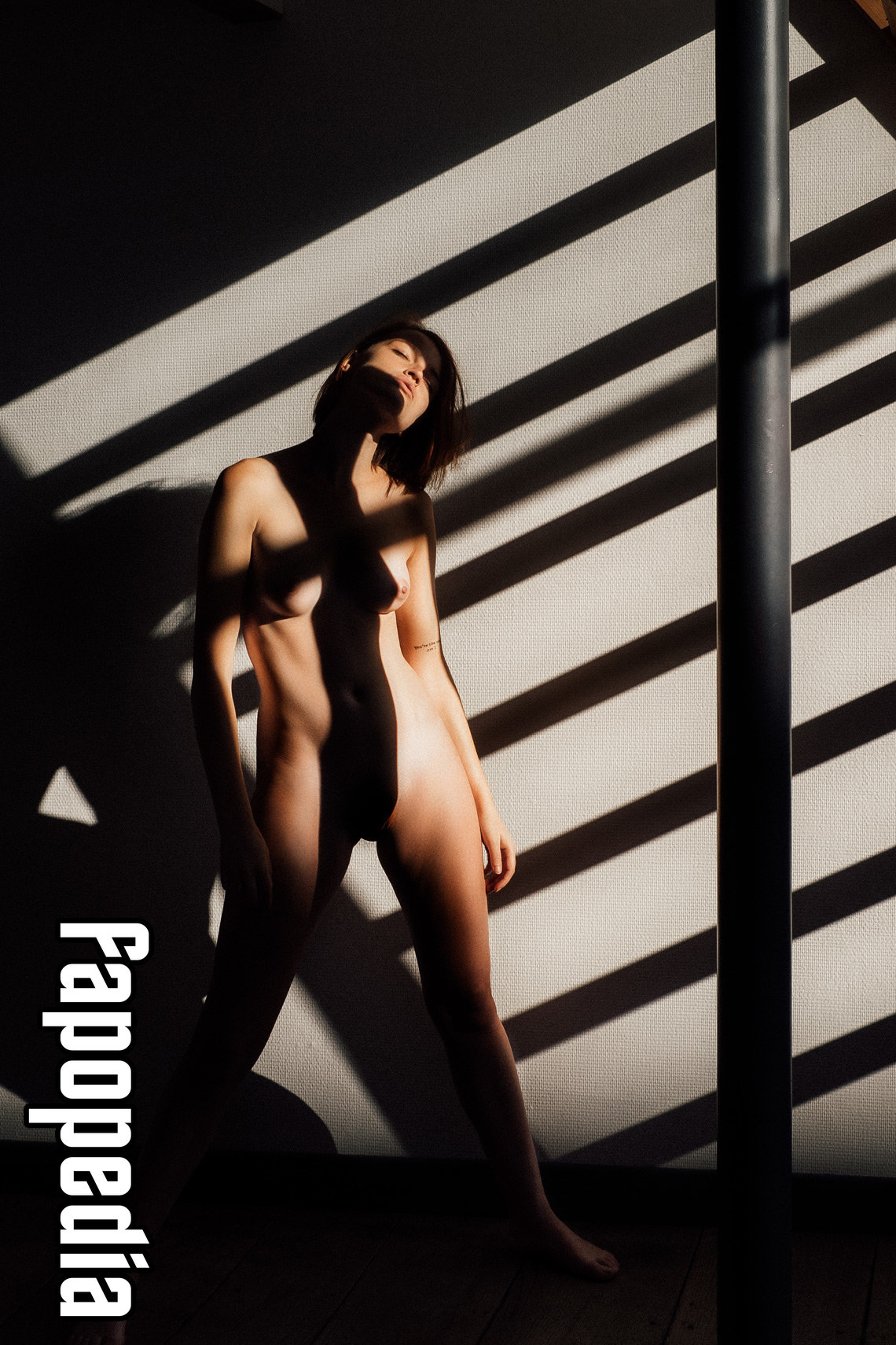 Eleanor Molko Nude Leaks