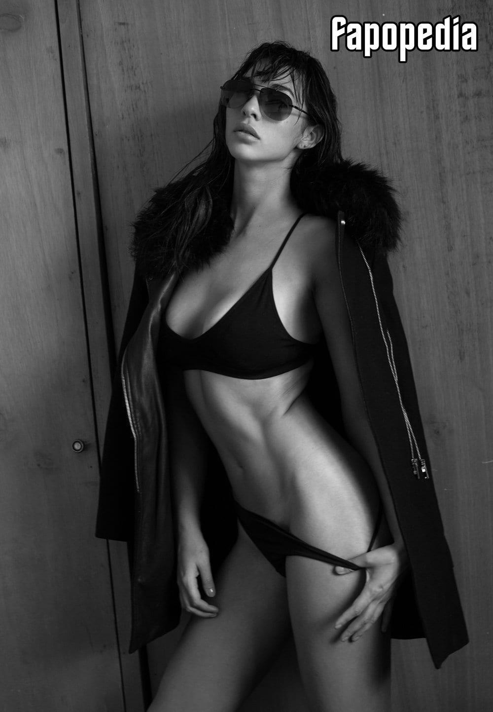 Erika Krutsh Nude Leaks
