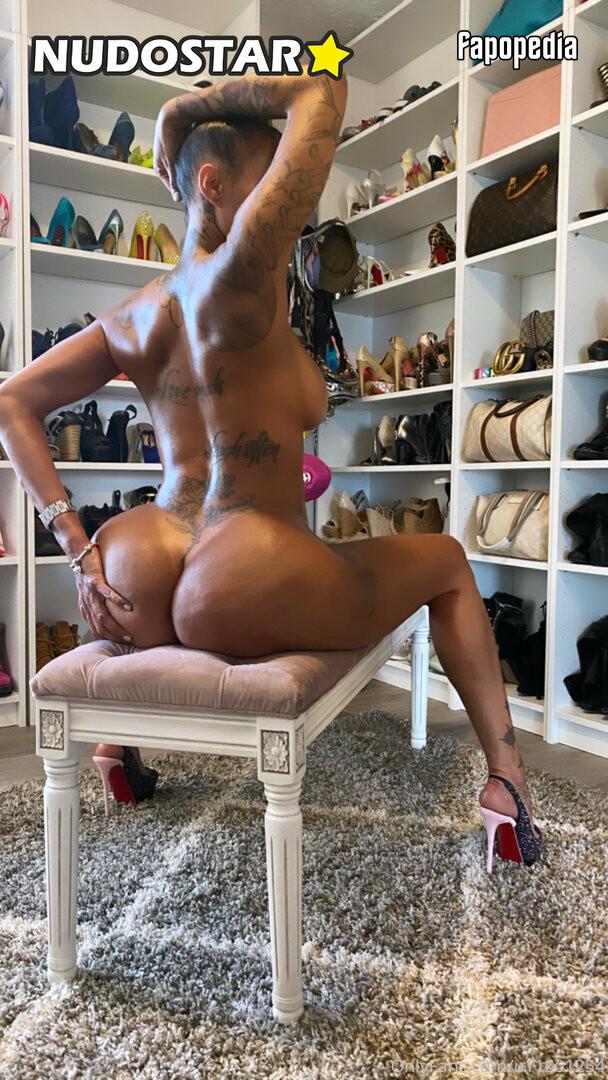 Gigi Maguire Nude OnlyFans Leaks