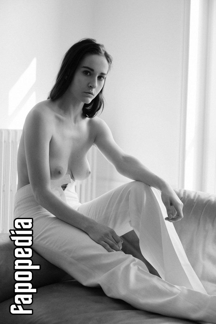 Heidi J Feldman Nude Leaks