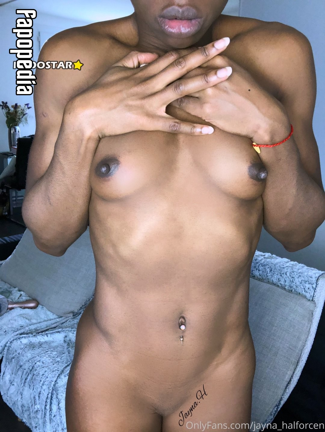 Ashley Eliza Parker  nackt