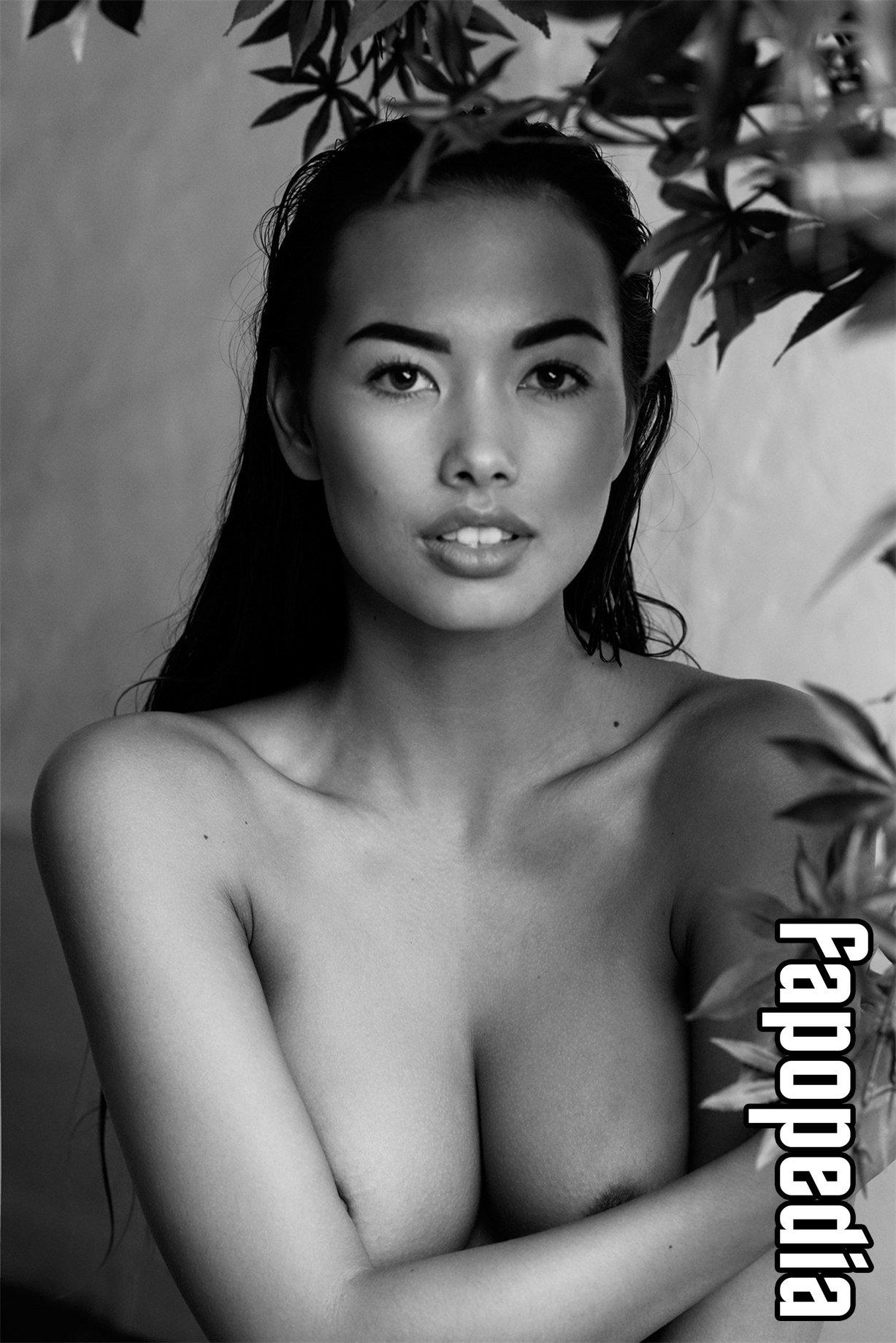 Jennifer Berg Pinyojit Nude Leaks