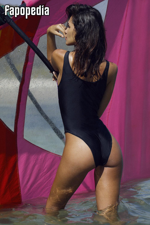 Juliana Aguiar  nackt