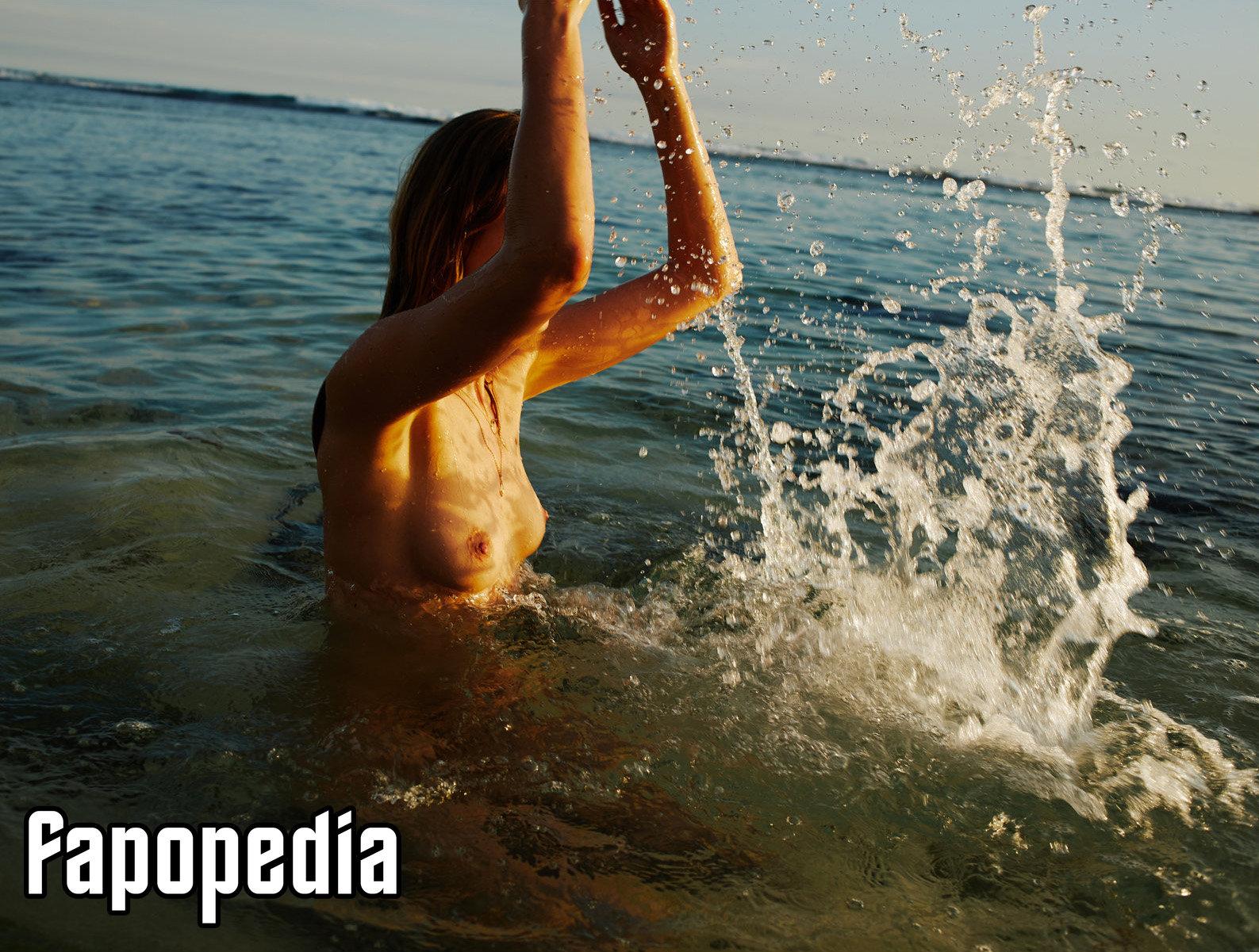 Julija Steponaviciute Nude Leaks