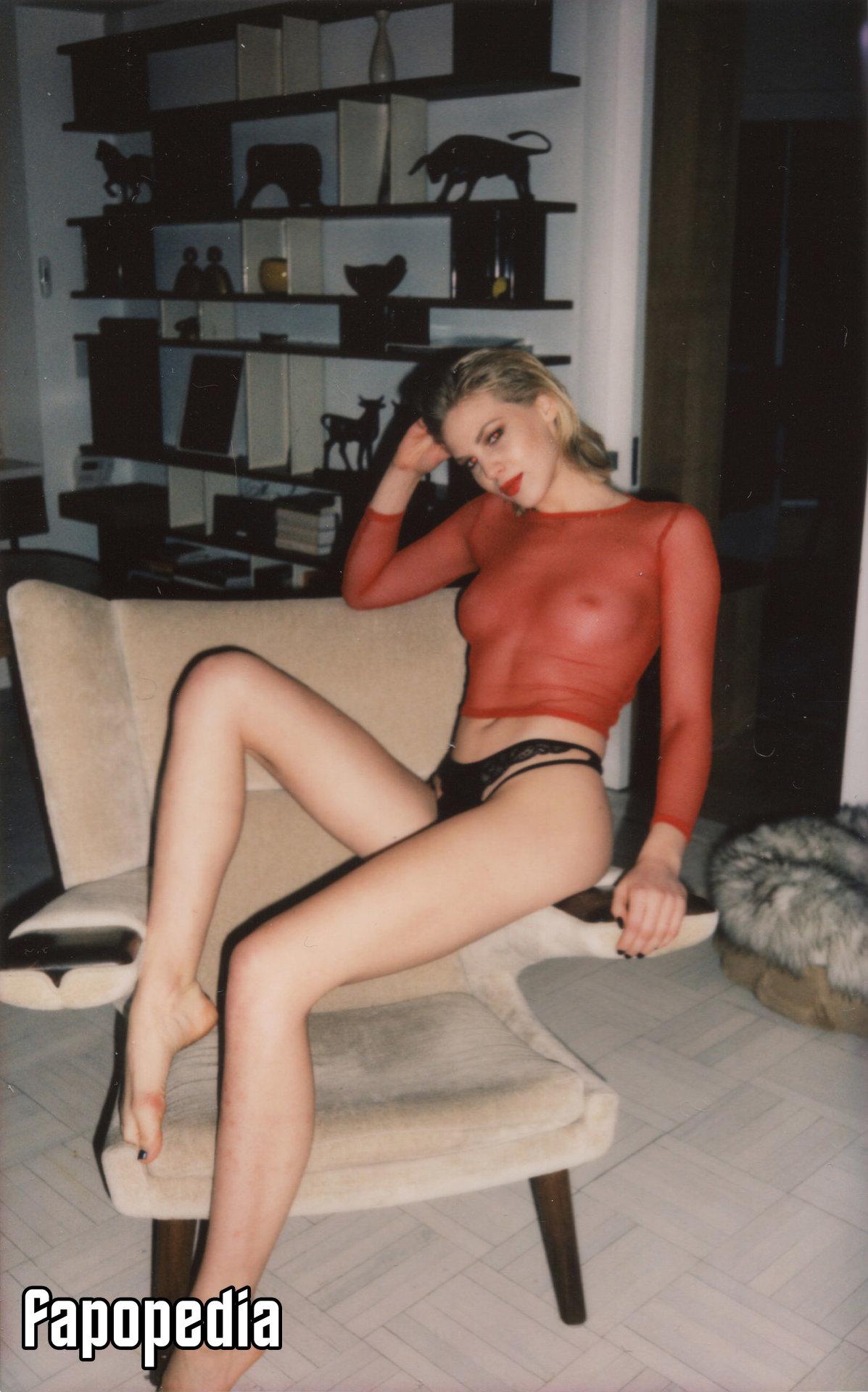 Katie Cook Nude Leaks