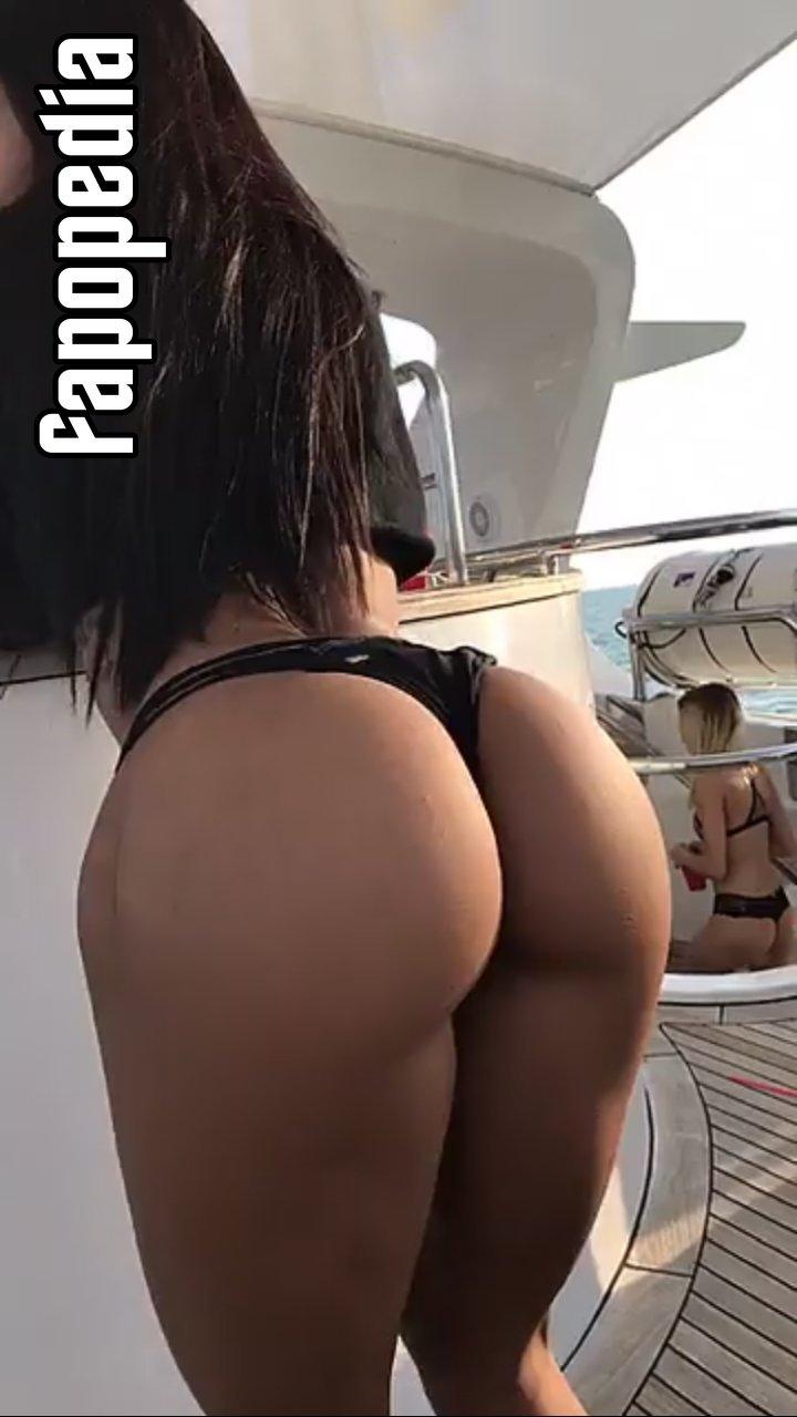 Katya Elise Henry Nude Leaks