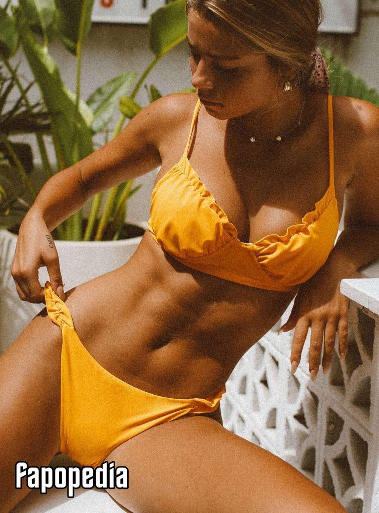 Kinsey Golden Nude Leaks   XCelebX