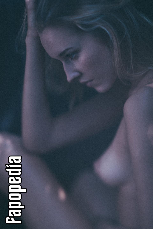 Liza Gladkaya Nude Leaks
