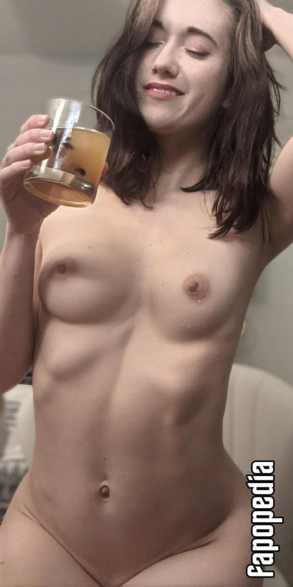 Loveisalazerquest Nude Leaks