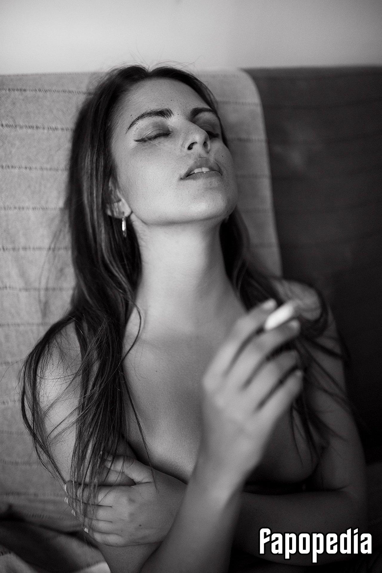 Maria Salas Nude Leaks