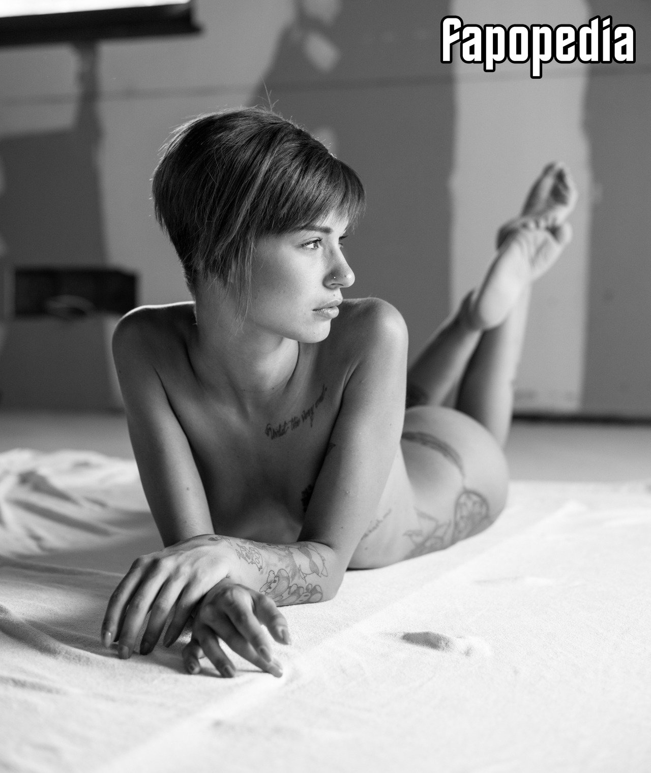 Hannah Graf  nackt