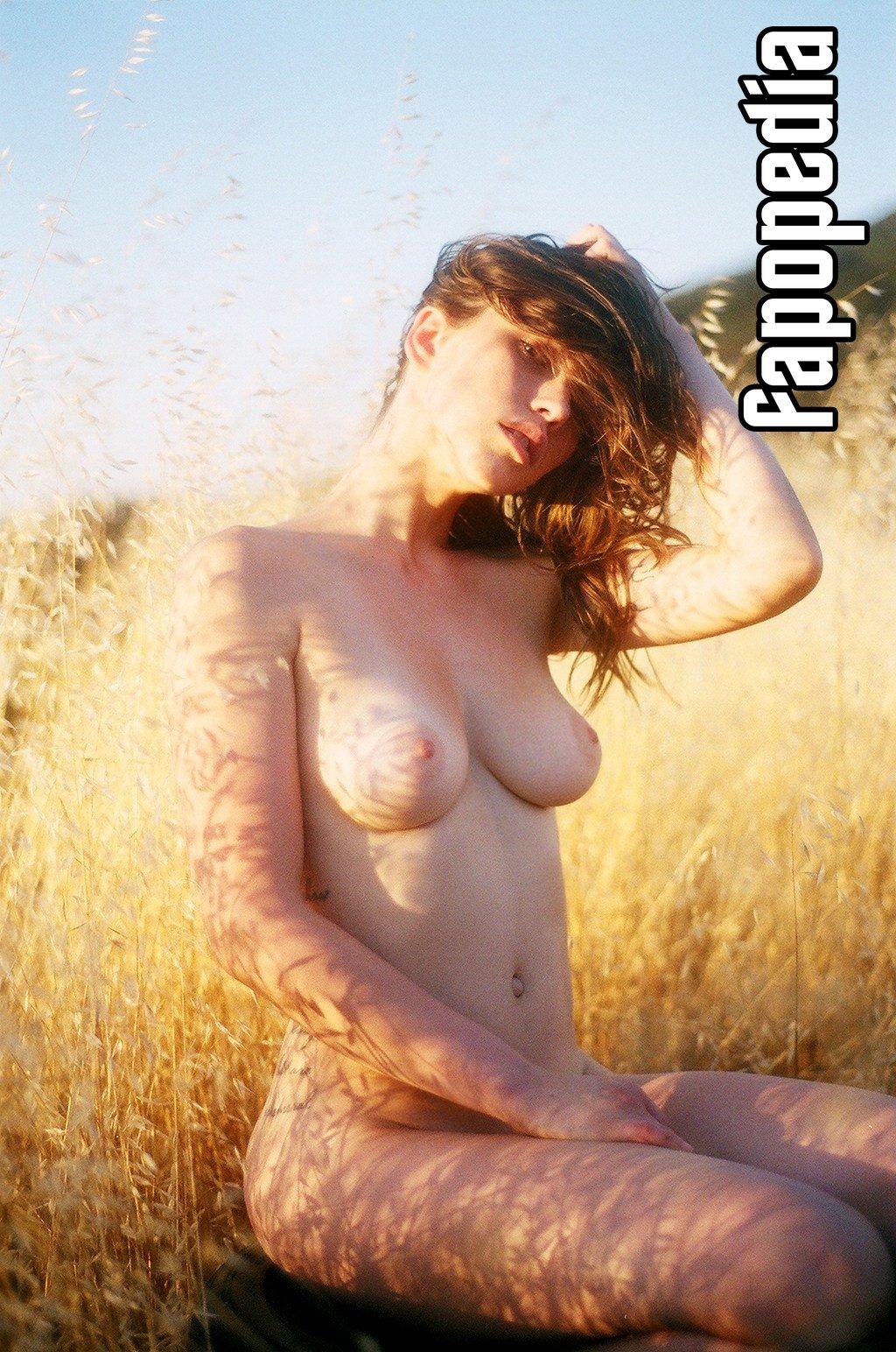 Nackt  Franks Iva Singer Connie Francis