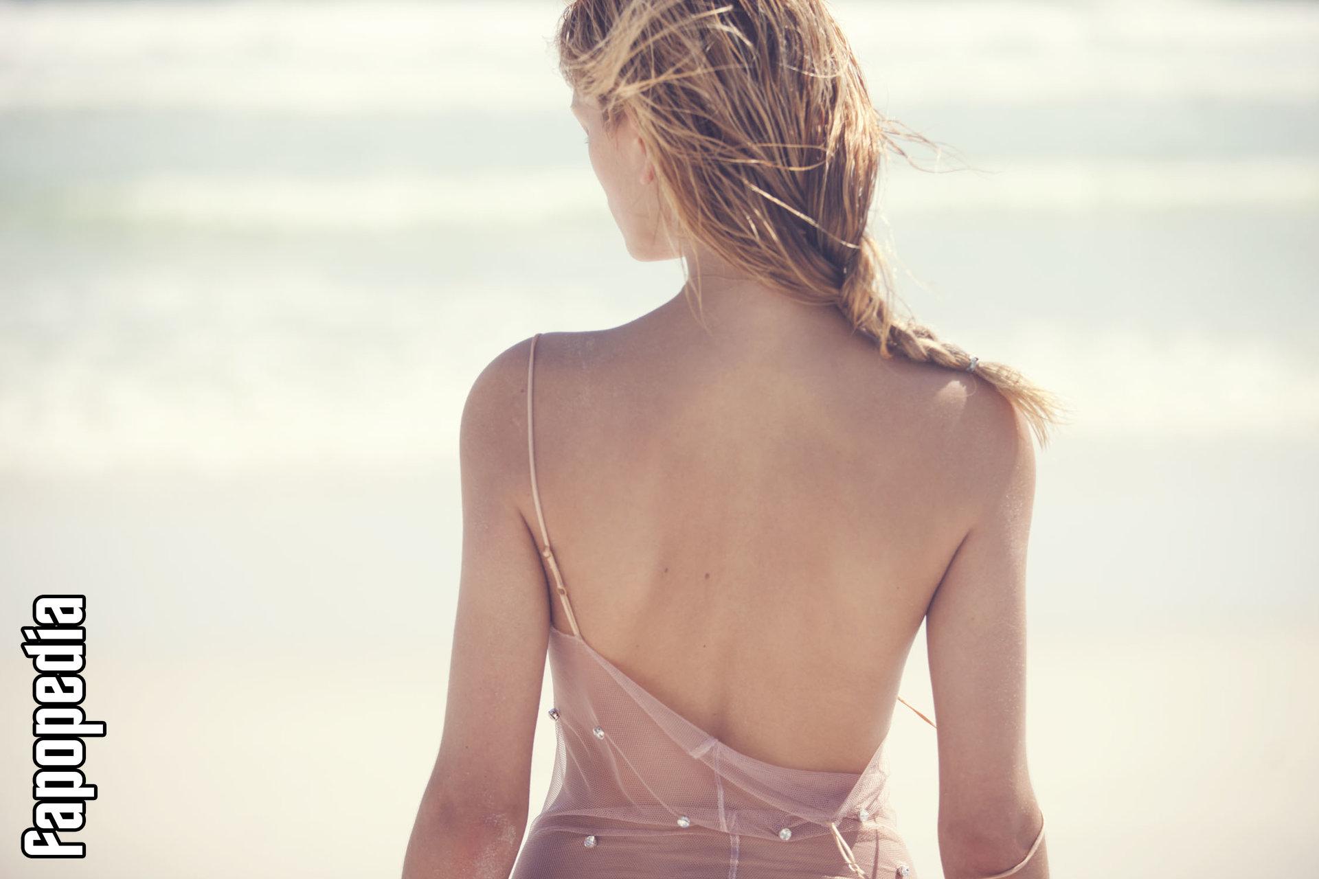 Katie Patrosky  nackt