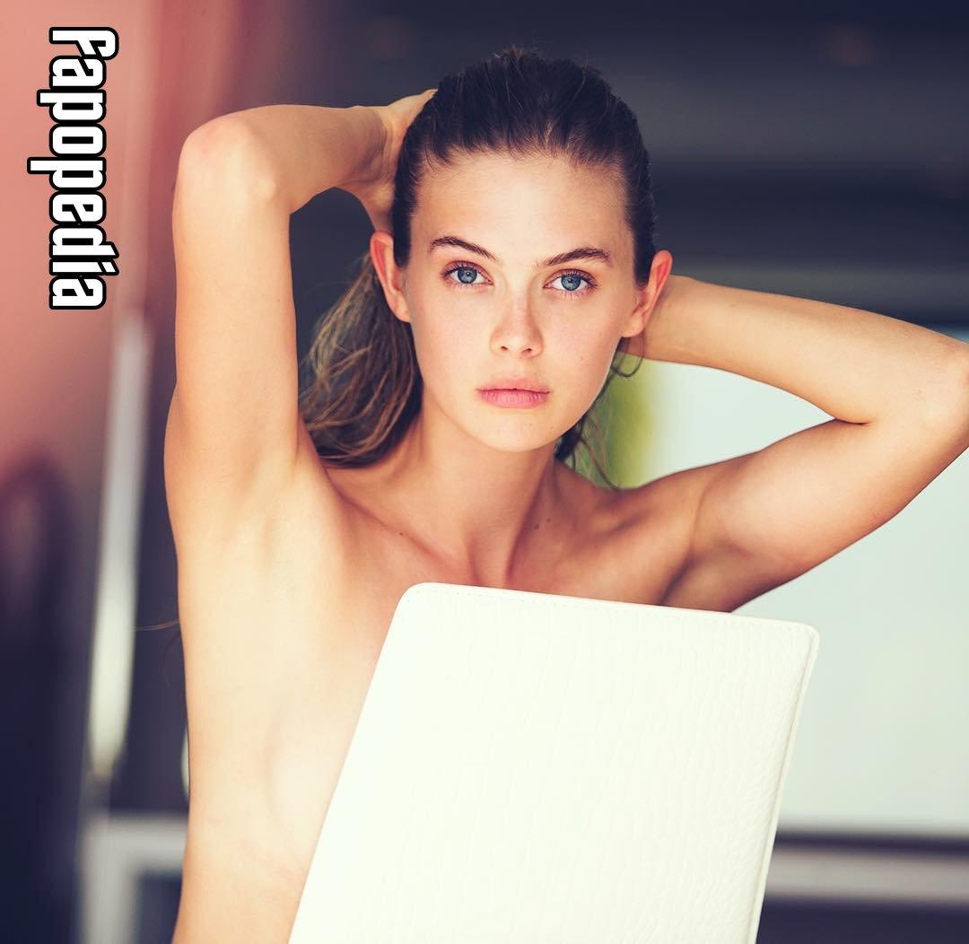 Nude megan williams Victoria's Secret