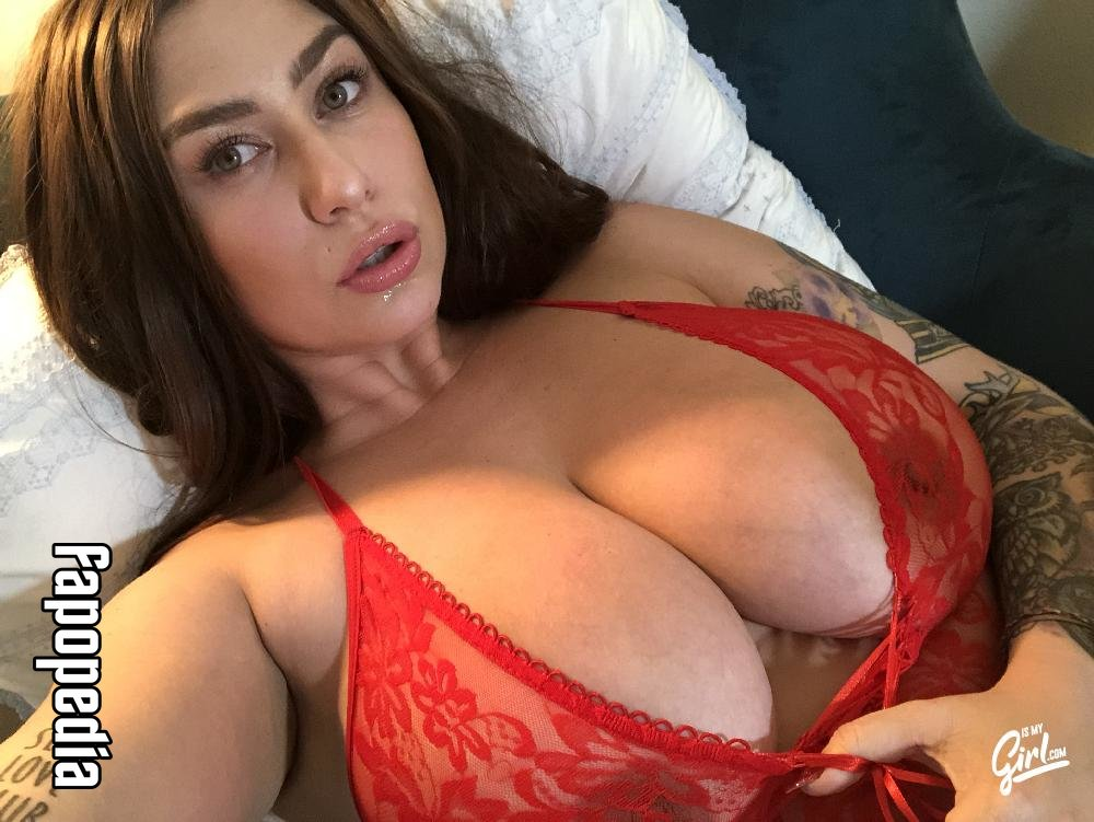 Mia Woods Nude OnlyFans Leaks