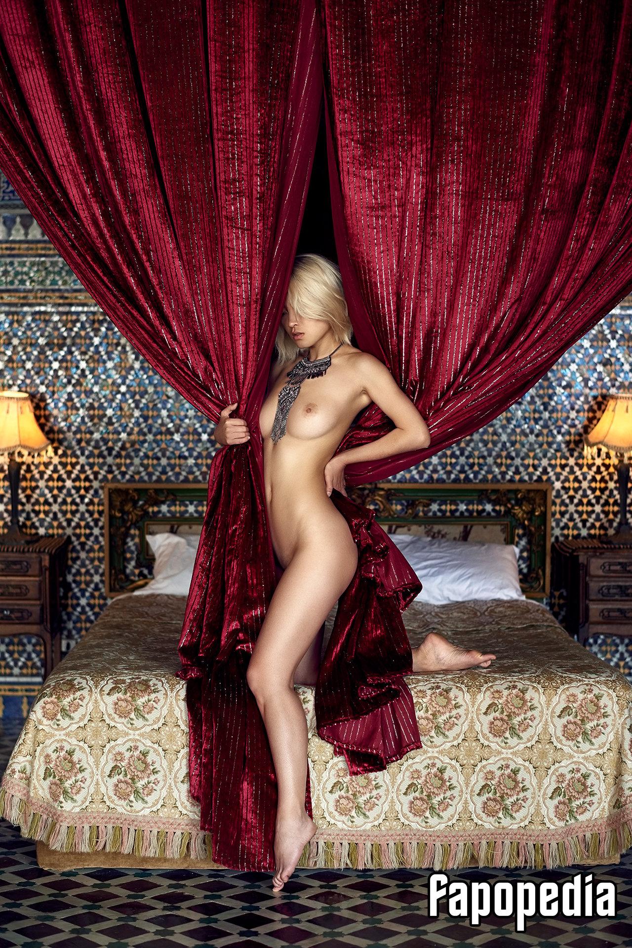 Michelle Superwoman Nude Leaks