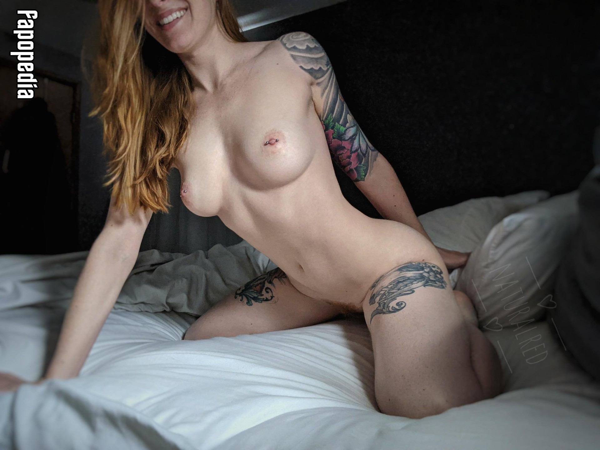 Natural_red Nude Leaks