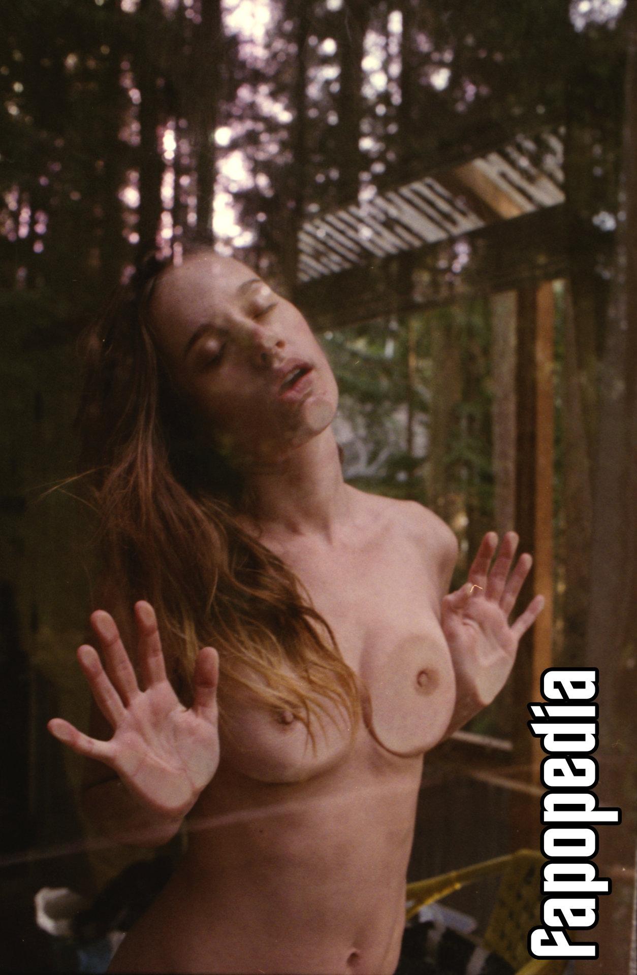 Olivia North Nude