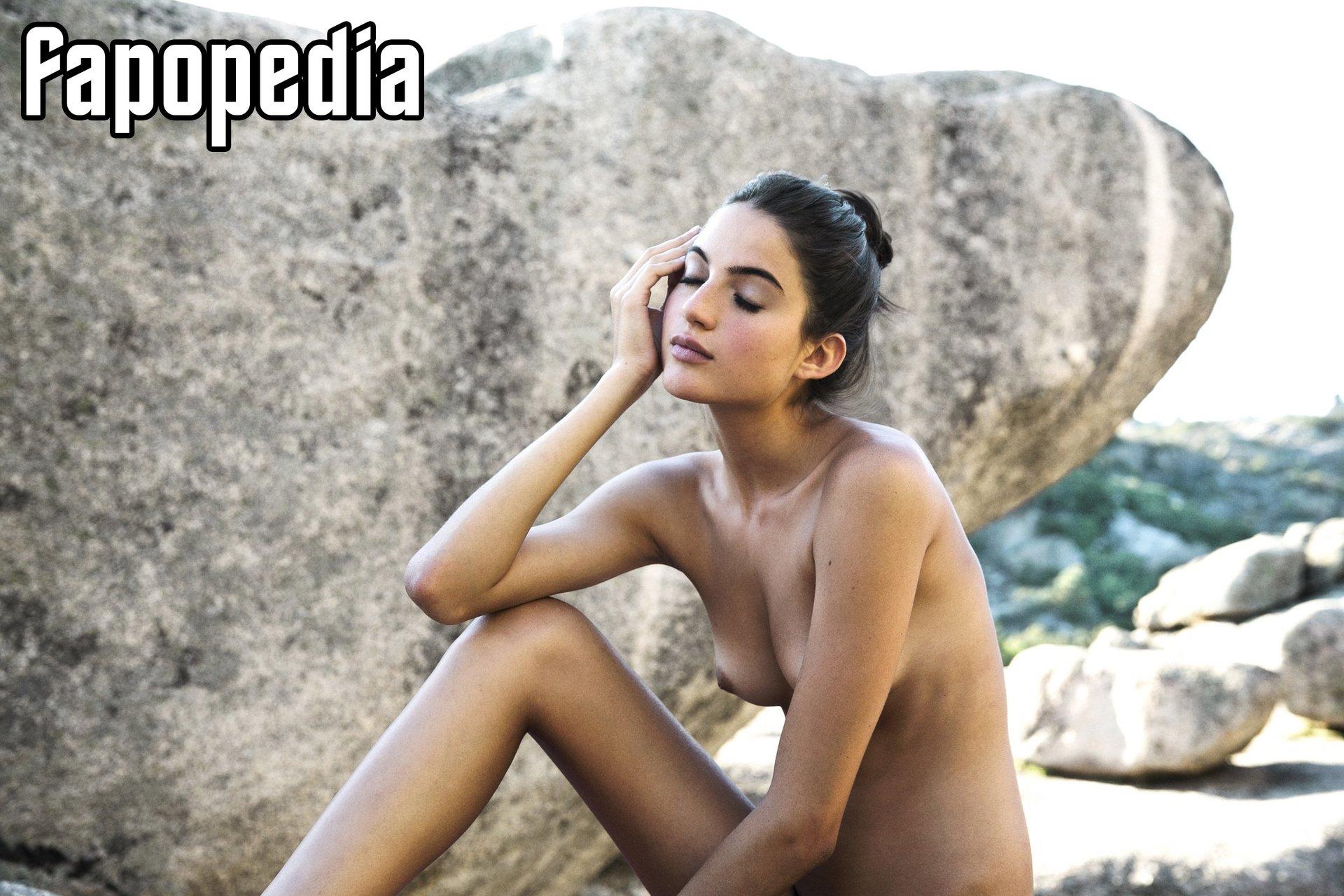 Rafaella Consentino Nude Leaks