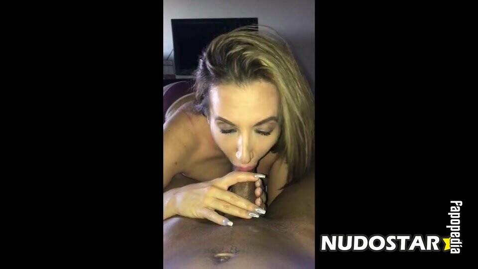 Richelle Ryan Nude OnlyFans Leaks