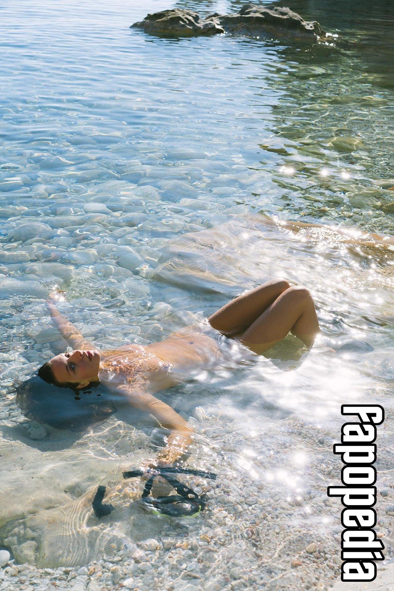 Roxanna Dunlop Nude Leaks