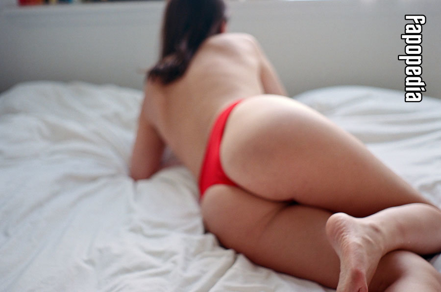 Sarah Taylor Nude Leaks