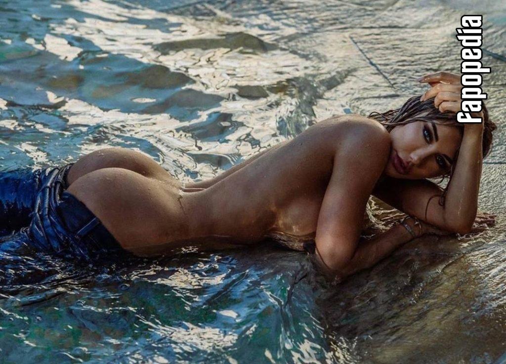 Sarai Rollins Nude OnlyFans Leaks