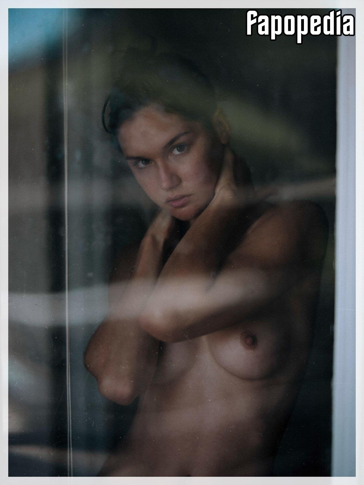 Sasha V Nude Leaks