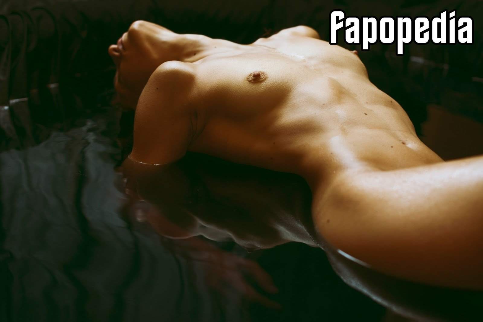 Serena Cicchetti Nude Leaks